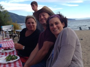 Diane, Greg & Melissa - my cousins - at the beach picnic