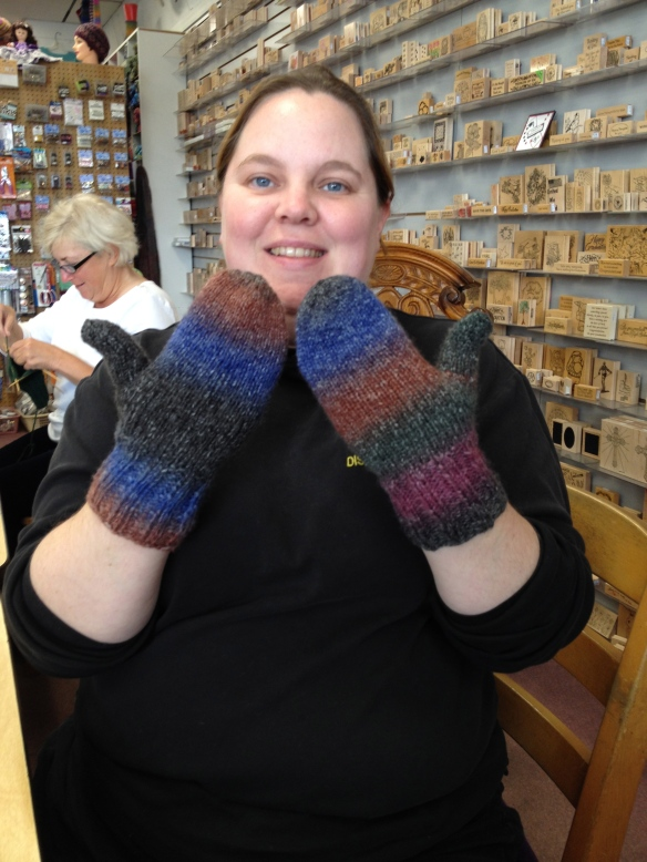 Sarah can Knit Mittens! Goal #1 Achieved!